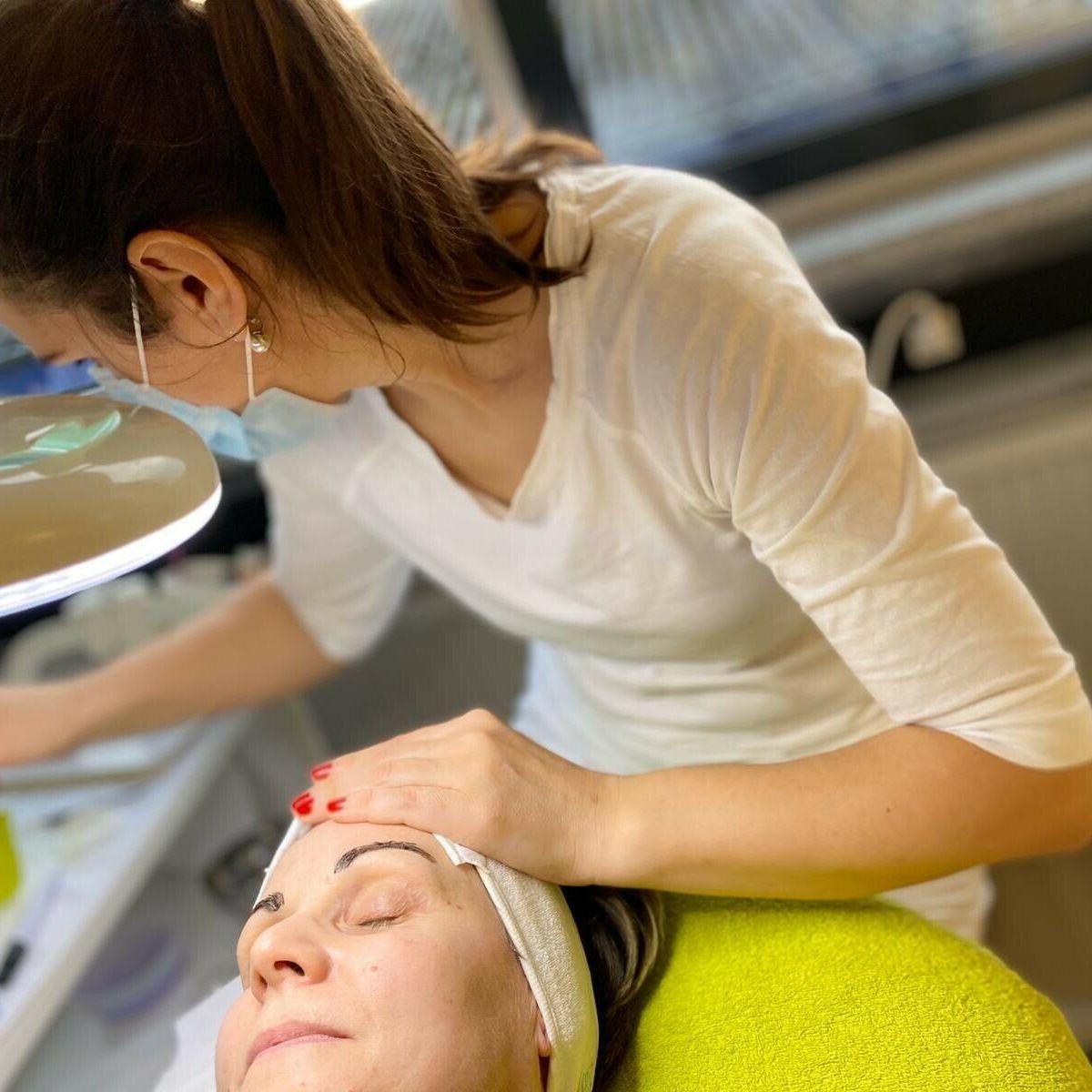 kosmetikschule in frankfurt teilnehmerin